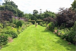lodge-park-walled-garden-featured